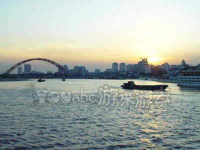 武汉江与桥