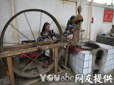 艾德莱丝绸纺织