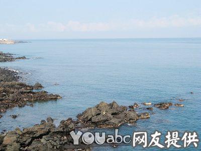 济州岛龙头岩上